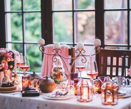 Dîner romantique surprise à la maison