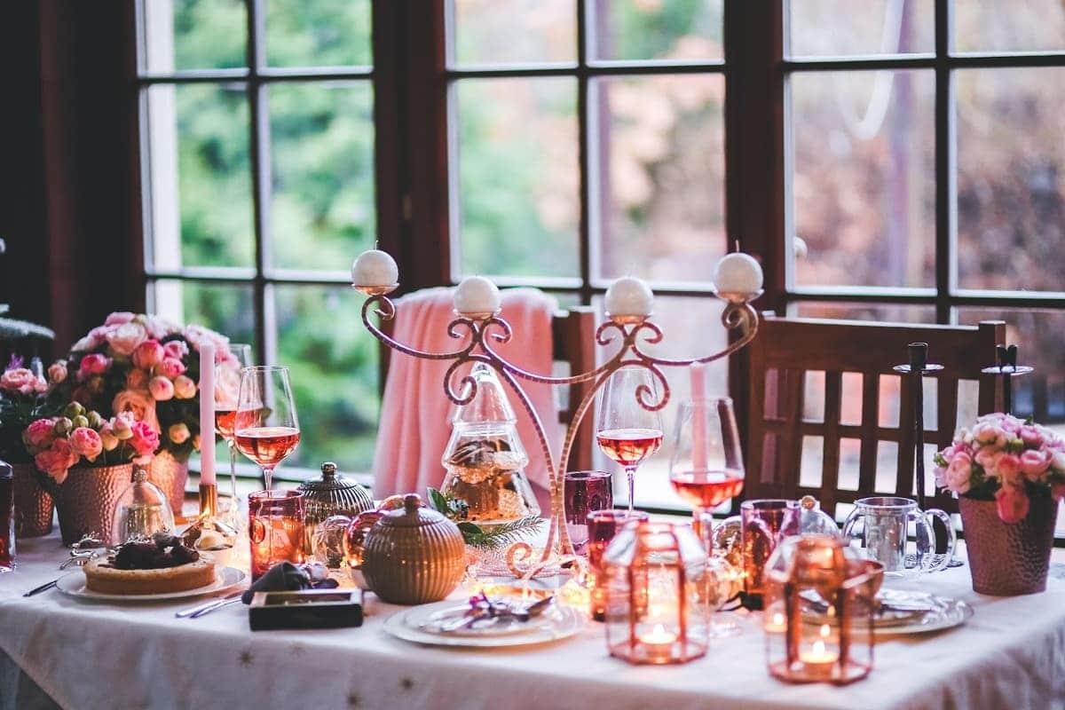 Comment préparer un dîner surprise pour son amoureux(se)?