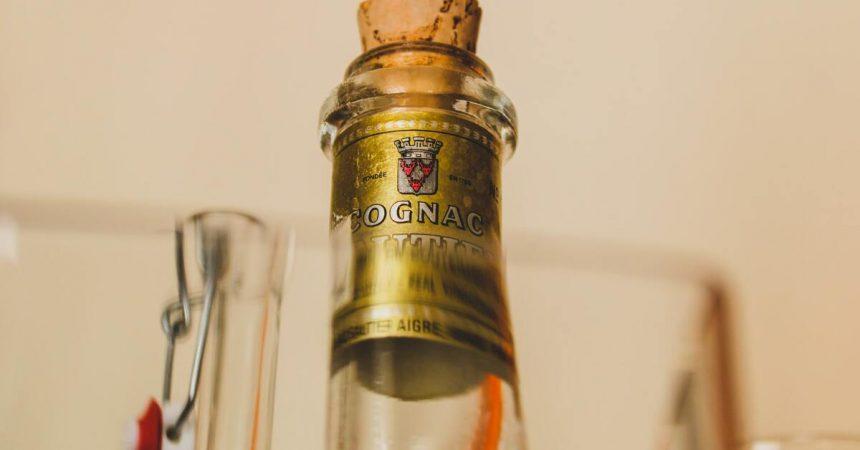 Bouteille de cognac bouchon
